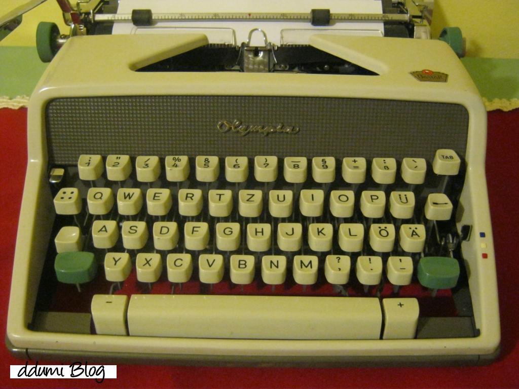 masina-de-scris-olympia-sm-9-01
