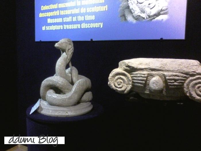 duminica-la-muzeu-recenzie-12
