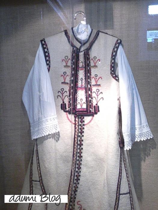sambata-la-muzeul-de-arta-populara-recenzie-12